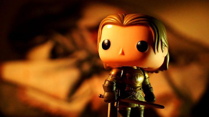 Eine Plastikfigur von Jaime Lannister aus Game of Thrones