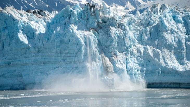 Eis schmilzt in Alaska